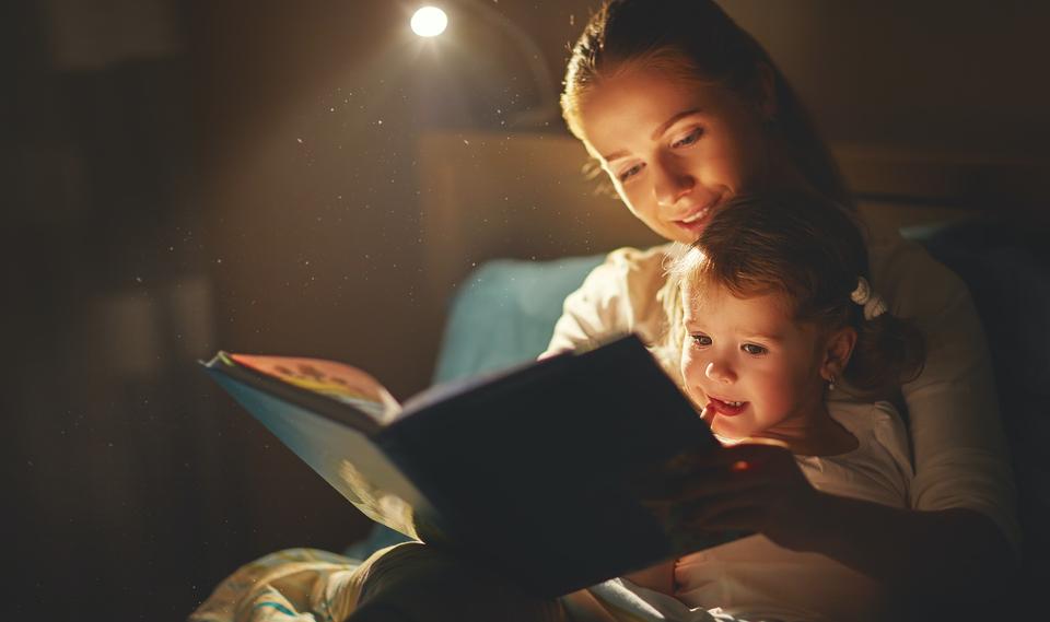 5 motivos para fazer da leitura um hábito antes de dormir.